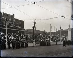 Crowds on the Twelfth Street grandstands during a parade to welcome home the 12th Engineers from World War I, 1919. Swekosky Notre Dame College Collection, Missouri History Museum.