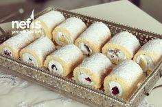 Mini Roll Cakes - Yummy Recipes - # 5661206 - Jessica Homes Mini Rolls, Sliced Turkey, Evening Meals, Nutritious Meals, Food Items, Vanilla Cake, Yummy Food, Eat, Ethnic Recipes