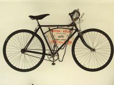 1913 vintage Labor bicycle