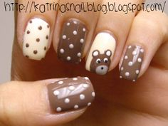 Cute nails with bear Funky Nails, Love Nails, Pretty Nails, Nagel Blog, Nails Polish, Nails For Kids, Polka Dot Nails, Polka Dots, Manicure E Pedicure