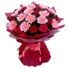Send Flowers to Surat on Birthday or Anniversary. Surat Florist is known for its best flower arrangements, place your order to get online flowers delivery to Surat. Order Flowers, Send Flowers, Bunch Of Flowers, Flowers Online, Valintines Day, Flower Delivery, Amazing Flowers, Red Roses, Flower Arrangements