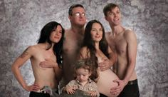 Awkward Family Photos - The more you look at it the more you see the shit wrong with it