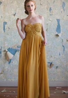Elegantes vestidos de fiesta color mostaza  http://vestidoparafiesta.com/elegantes-vestidos-de-fiesta-color-mostaza/