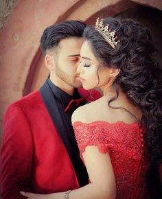 Best Ideas For Photography Couples Passion Eyes Couple Wedding Dress, Wedding Couple Photos, Indian Wedding Photos, Wedding Couples, Wedding Poses, Wedding Bride, Wedding Dresses, Wedding Couple Poses Photography, Outdoor Wedding Photography