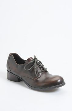 Børn 'Mott' Oxford (Online Only)  Be the first to write a review  ask a question Sale: $72.90 After Sale: $109.95