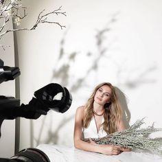 Beautiful BTS @karlaticas!! ------------ Repost @karlaticas: Today with @elsacocquerel for @cincstudios ⚡️ #video @davidgallardo #photo @karlaticas #makeuphair @veronica_nunez Added by us: #behindthescenes #bts #backstage #studio #studiophotography #fashion #setdesign #fashionphotography #setlife #famousbtsmagazine #famousbtsmag