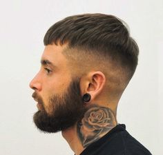 New hair styles men fade short Ideas Cool Hairstyles For Men, Hairstyles Haircuts, Haircuts For Men, Straight Hairstyles, Casual Hairstyles, Pixie Haircuts, Medium Hairstyles, Hairstyle Ideas, Braided Hairstyles