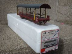 METROPOLITAN 6100  wagon porte - autos BLS brun rouge  mat via ANTIQUE MARCBEA. Click on the image to see more!