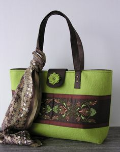 Tote bag- wool- felted- embroidered- linen- green- brown- floral bag.