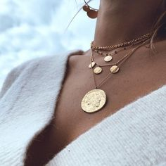 Diamond Necklace / Gold Round Cut Diamond Trio Cluster Necklace / Three Diamond Floating Necklace / Everyday Jewelry / Black Friday Every woman needs some sparkle in her life. Charm Jewelry, Pendant Jewelry, Jewelry Necklaces, Bar Necklace, Fine Jewelry, Pearl Pendant, Jewelry Making, Golden Jewelry, Silver Jewelry