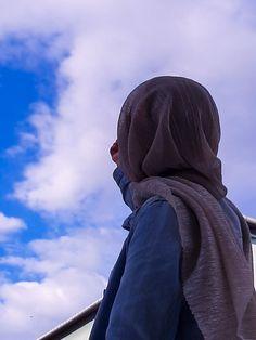 Hijab Style Dress, Hijab Chic, Hijabi Girl, Girl Hijab, Hijab Hipster, Modern Hijab Fashion, Hijab Fashionista, Applis Photo, Islamic Girl