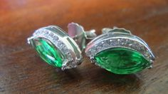Catawiki online auction house: Classical earrings with Marquise facet cut clear green emerald