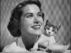 Celebrities with Cats: Grace Kelly Grace Kelly, Crazy Cat Lady, Crazy Cats, Cool Cats, Celebrities With Cats, Celebs, Gatos Cool, Animal Gato, Cat Art