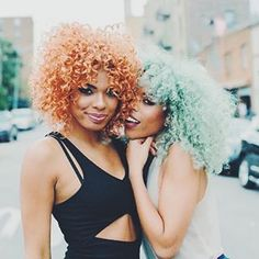 Natural hair - hair color on point!