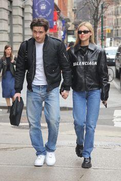 Brooklyn Beckham and Nicola Peltz Are Fashion¡¯s Favorite New Couple Fashion Couple, Fashion Week, Mens Fashion, Grunge Look, Grunge Style, Nicole Peltz, Nicola Anne Peltz, David Et Victoria Beckham, T Shirt Streetwear