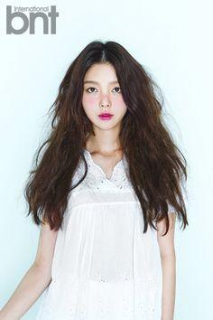 Beauty Tips, Beauty Hacks, Hair Beauty, Hyun Kyung, August 2014, Locks, Curly, Kpop, Portrait