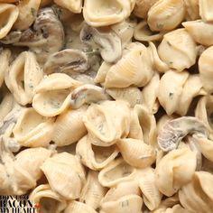 Creamy Mushroom Pasta, Creamy Mushrooms, Stuffed Mushrooms, Creamy Pasta, Pasta Recipes Mushroom, Pasta Dinner Recipes, Easy Pasta Recipes, Easy Meals, Easy Pasta Dishes