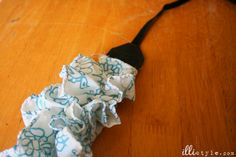 DIY Ruffle Camera Strap Tutorial