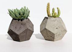 The Ingrid Geometric Concrete Planter Black or by meinafaralahome
