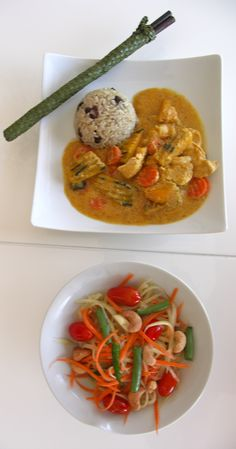 Thai red chicken curry with pumpkin, brown jasmine coconut rice with black beans, and a side of crunchy papaya salad.