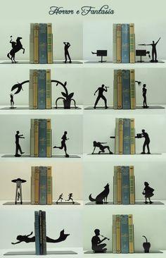 Aparador de livro                                                                                                                                                     Mais