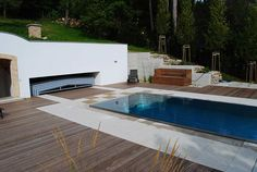Schienenlose Poolüberdachung für mehr Freiheit am Pool