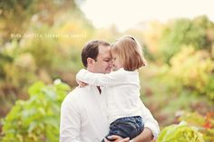 father and daughter Father Daughter Poses, Daddy Daughter Dance, Family Posing, Family Portraits, Family Photos, Picture Poses, Photo Poses, Picture Ideas, Photo Ideas