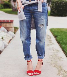 @Alexandra M What Wear - Bethany Struble of Snakes Nest-like the shoes & color with the jeans