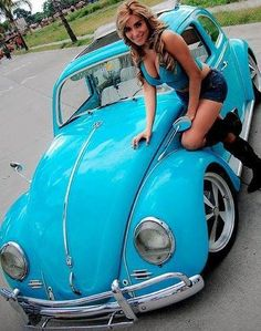 I just wanted a place for all the pictures of girls and VWs I've acquired. Sexy Cars, Hot Cars, Vw Bus, Vw Coccinelle Cabriolet, Fusca German Look, Kdf Wagen, Hot Vw, Bus Girl, Volkswagen Models