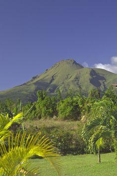 Montagne pelée. Saint Pierre. Martinique. FWI RePinned by : www.powercouplelife.com http://tracking.publicidees.com/clic.php?progid=2185&partid=48172&dpl=http%3A%2F%2Fwww.partirpascher.com%2Fvoyage%2Fvacances%2Fsejour-reunion-pas-cher%2C%2C185%2C%2F