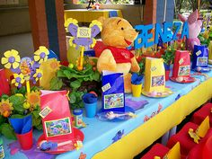 """""""Winnie the Pooh & Friends"""" Party Pack and Soft Toy Gift 