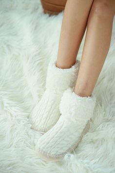 Cable Knit Indoor Slipper Socks - Black, Ivory