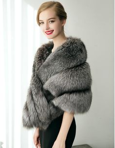 Sleeveless Capelets Faux Fur Wedding / Party Evening / Casual Women's Wrap With Feathers / Fur Grey Faux Fur Coat, Long Fur Coat, Faux Fur Wrap, Fur Wrap Wedding, Fur Decor, Grey Poncho, Fur Cape, Fabulous Furs, Fur Stole
