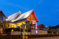 • Grand Mercure Phuket Patong Opened in 2014 the 5 star Grand Mercure Phuket Patong is conveniently located within easy walking distance of Patong's bustling nightlife and the Andaman Sea.