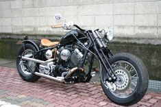 Yamaha Drag Star 400 Bobber Motorcycle