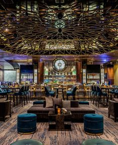 Bar Design Restaurant Lounge THAT ceiling! Restaurant Design, Photo Restaurant, Decoration Restaurant, Deco Restaurant, Restaurant Lounge, Modern Restaurant, Luxury Restaurant, Restaurant Lighting, Bar Lounge