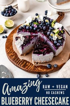 This refreshing and light raw vegan blueberry cheesecake is the ultimate no bake cheesecake recipe! No cashews, no tofu, and entirely gluten free and refined sugar free for the perfect tangy and sweet vegan cheesecake! Keto Desserts, Healthy Dessert Recipes, Summer Desserts, Cupcake Recipes, Summer Recipes, Vegetarian Recipes, Vegan Blueberry, Blueberry Cheesecake, Gluten Free Sweets