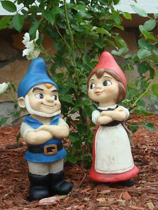 Just like the Gnomeo & Juliet gnomes from the movie! <3