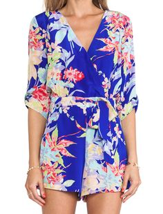 Yumi Kim Liz Romper en Blue Zean Floral | REVOLVE