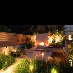 Urban Garden Design A city garden in London, U. Designed by London firm Charlotte Rowe Garden Design Small City Garden, Small Gardens, Dream Garden, Outdoor Gardens, Garden Night Lighting, Night Garden, Modern Outdoor Living, Urban Garden Design, Patio Design