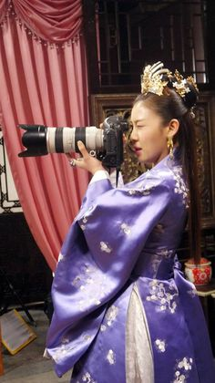 Photo by Shammy Korean Actresses, Asian Actors, Korean Actors, Actors & Actresses, Korean Traditional Clothes, Traditional Fashion, Traditional Dresses, Korean Drama Stars, Korean Drama Movies