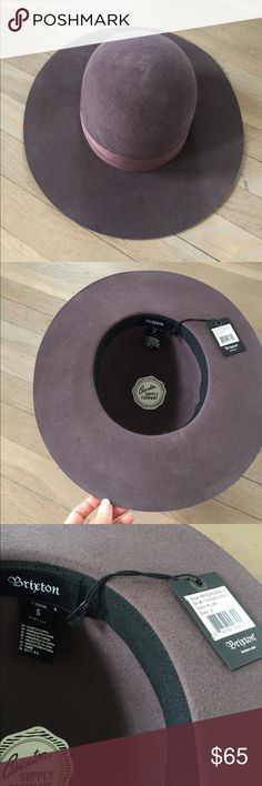 NWT brixton hat S NWT Brixton hat size small in a plum color. Brixton Accessories Hats