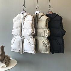 Loose Hooded Warm Cotton Vest | Down Vest, Puffer Vest, puffer outfit Cotton Vest, Cotton Pads, Winter Vest, Winter Jackets, Coats For Women, Clothes For Women, Hooded Vest, Puffer Vest, Cowls