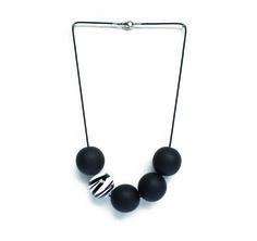 Bubble black white necklace #muranoglass