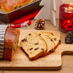 Julebrød med rosiner Christmas Baking, Bread, Food, Eten, Christmas Cookies, Bakeries, Meals, Breads, Diet