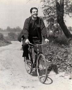 Robert Cummings Universal Pictures 1941