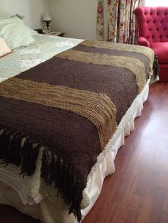 Piecera cama 1.80 o 2 metros ancho, 30% alpaca y merino