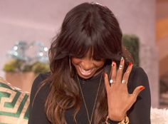 Kelly Rowland Confirms Engagement- http://getmybuzzup.com/wp-content/uploads/2013/12/231903-thumb.jpg- http://getmybuzzup.com/kelly-rowland-confirms-engagement/- Kelly Rowland Confirms Engagement By Twana Tells  The rumor mill has been swirling for years about the relationship between Kelly Rowland and her manager Tim Weatherspoon and it just recently went into overdrive about the two getting engaged.  Kelly who never talks about her relationship finally...