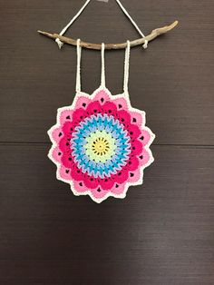 Ideas crochet mandala wall hanging etsy for 2019 Crochet Home, Free Crochet, Pattern Leaf, Crochet Designs, Crochet Patterns, Crochet Dreamcatcher, Gypsy Decor, Crochet Videos, Etsy Handmade