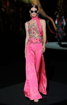 Style Couture, Couture Fashion, Fashion Week, Fashion 2020, Havana Nights Dress, Indian Fashion Dresses, Collection Couture, Women's Evening Dresses, Pink Outfits